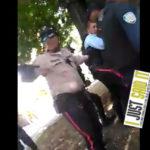 Policías en Valencia recibiendo tiros. La represión de acabó | iJustSaidIt.com